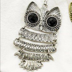 3/$20 Vintage Style Long Owl Gem Silver Necklace